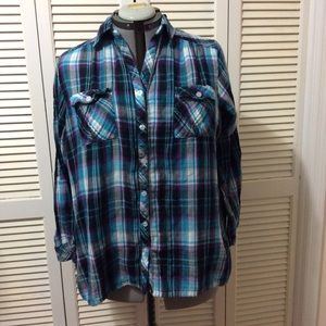 Avenue 18/20 plaid shirt